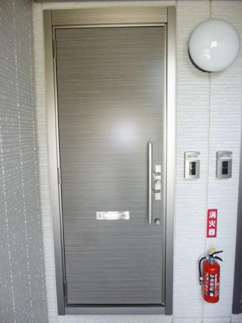 アイリス徳重 玄関ドア