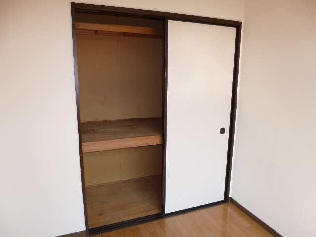 フォーブル木田 2階 室内収納