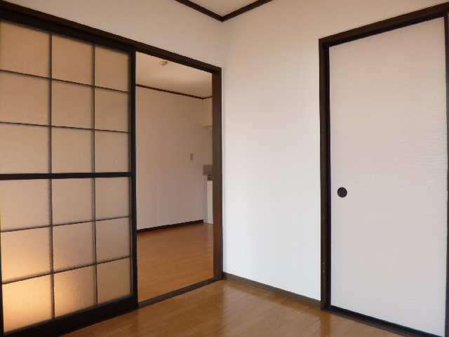 フォーブル木田 2階 室内