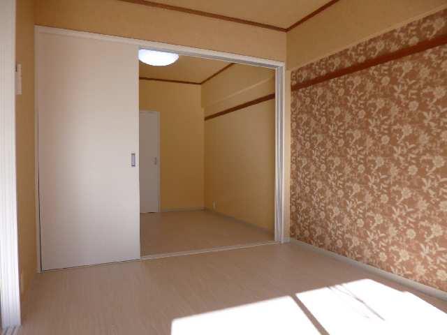 ガーデンハイツ藤 1F室内