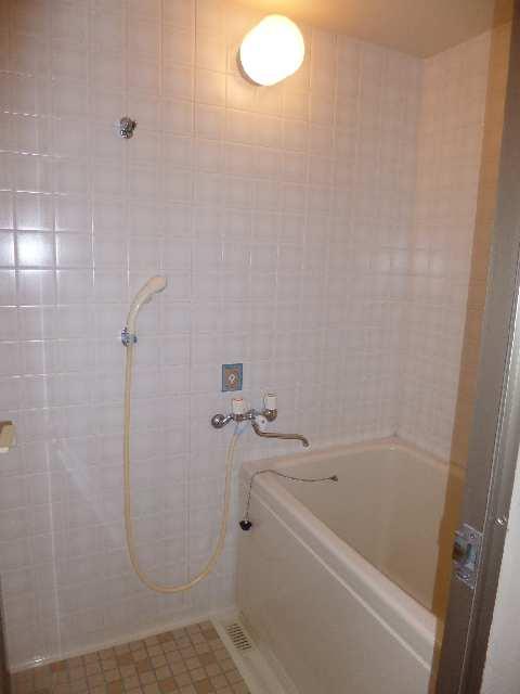 ガーデンハイツ藤 1F浴室