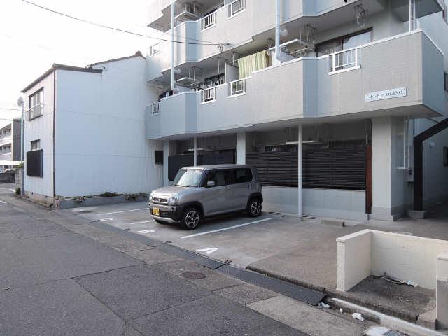 サンピアOGINO 3階 駐車場