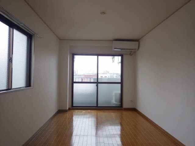 サンピアOGINO 3階 室内