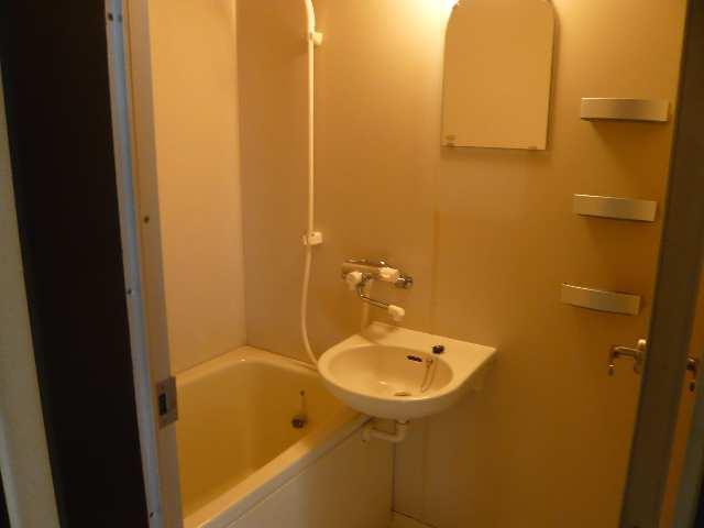 ウエストハウス オーモン 3階 浴室