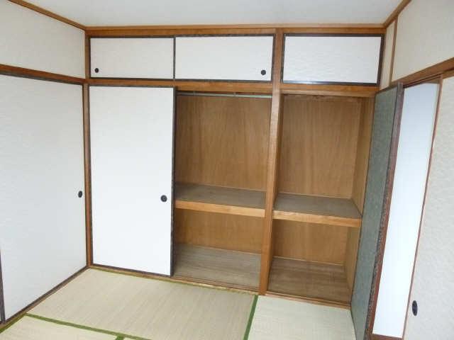 コーポ岡本 4階 収納