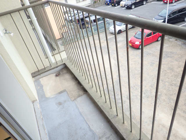 寿ビル 3階 バルコニー