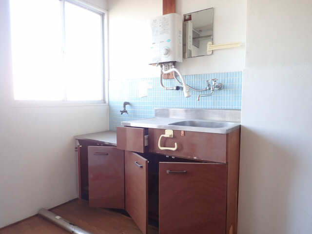 鹿野マンション 4階 キッチン