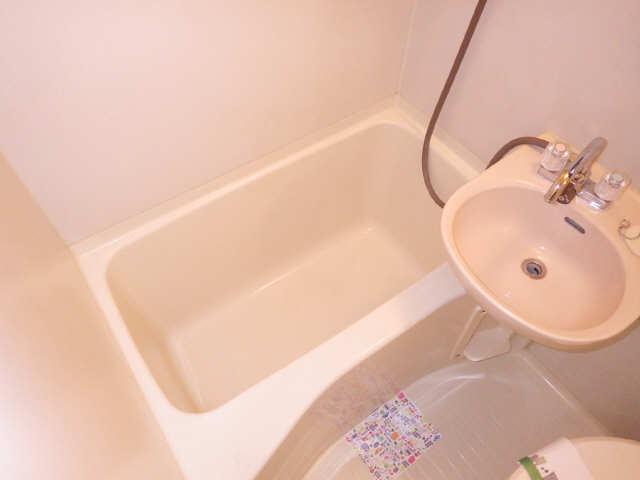 タウンコート岩塚 3階 浴室