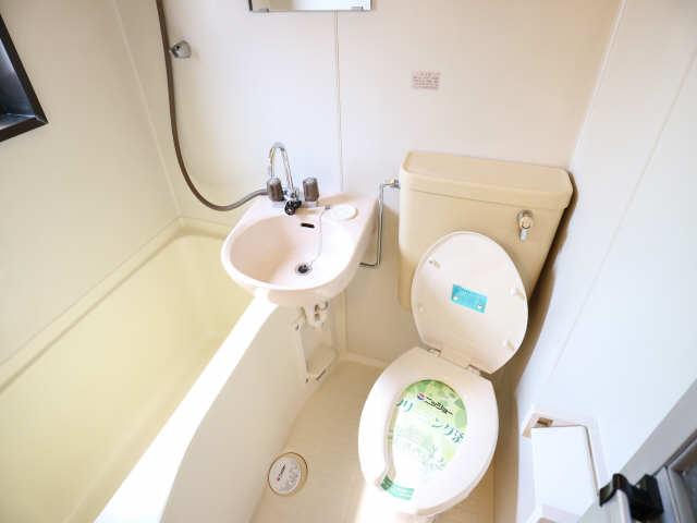 タウンコート岩塚 2階 浴室