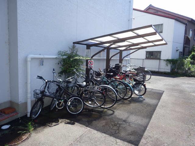 キャスモマンション 駐輪場