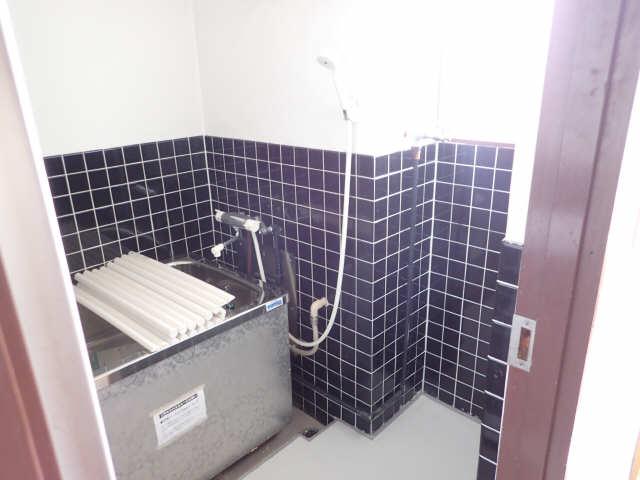 吉屋ビル 4階 浴室