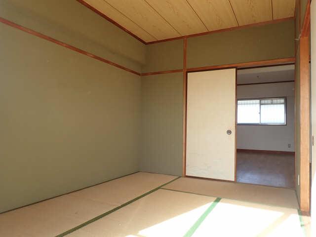 第2メゾンキジ 4階 和室