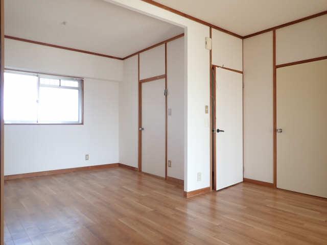 第2メゾンキジ 4階 室内