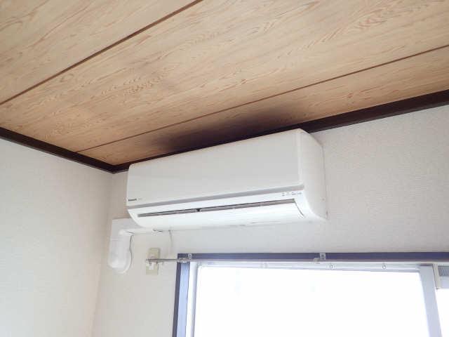 タウン松葉 2階 エアコン