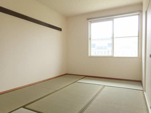 サンハイツ山田 2階 和室