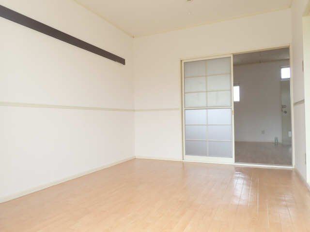 サンハイツ山田 2階 洋室
