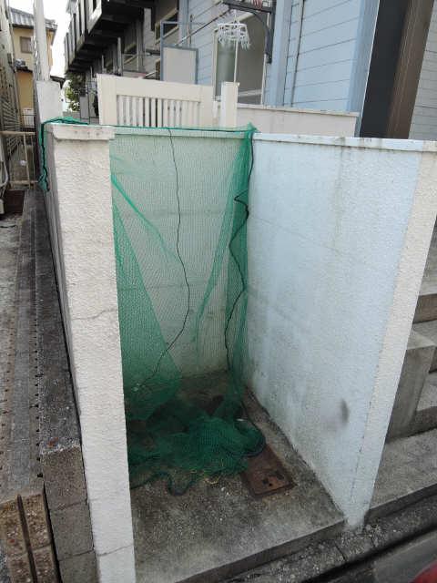パレス高畑 ゴミ捨て場