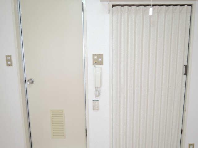 サンライズノリタケ 3階 インターホン