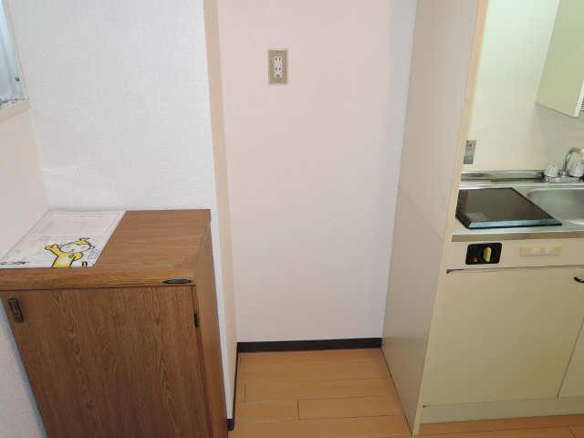 サンライズノリタケ 3階 冷蔵庫置場