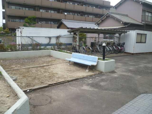 ガーデンヒルズキヨス 駐輪場