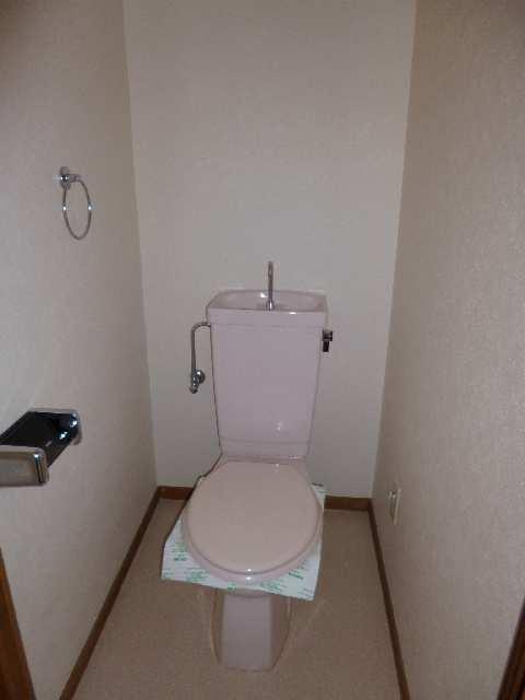 カーザビアンカⅡ 3階 WC