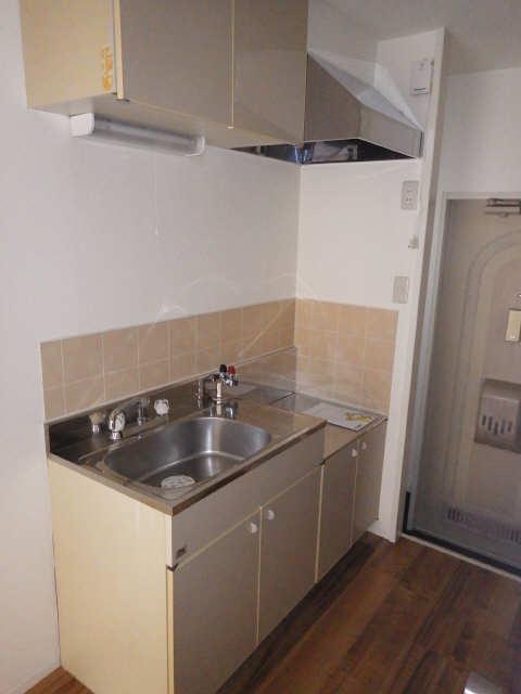 メゾンR&AⅡ 1階 キッチン
