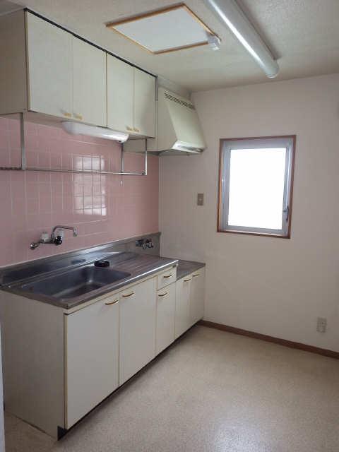 リバーサイド宮塚 4階 キッチン