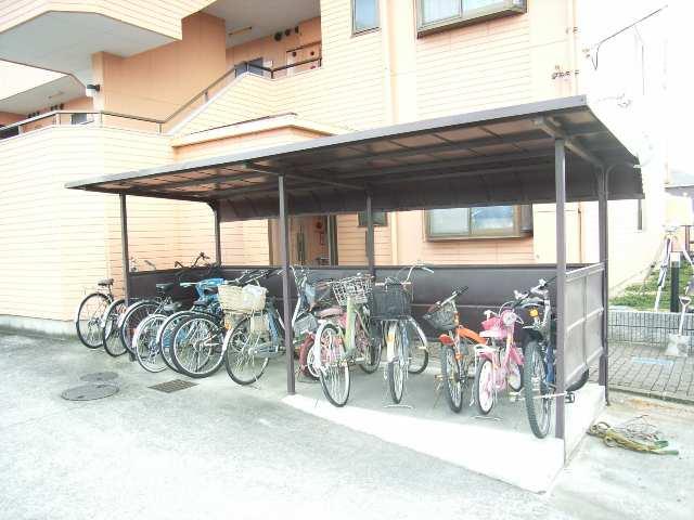 グランエスポワール 駐輪場