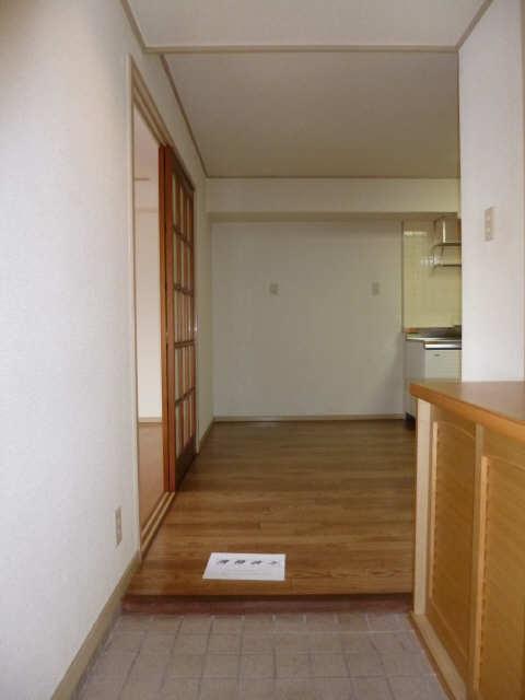 サンホーム愛宕 3階 玄関