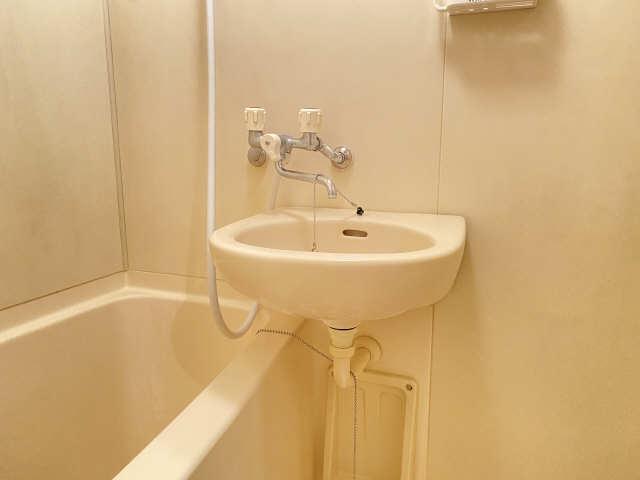 ウインバードM・K 6階 洗面
