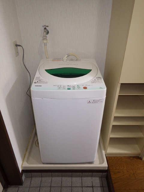 ランドビル本陣 3階 洗濯機置場
