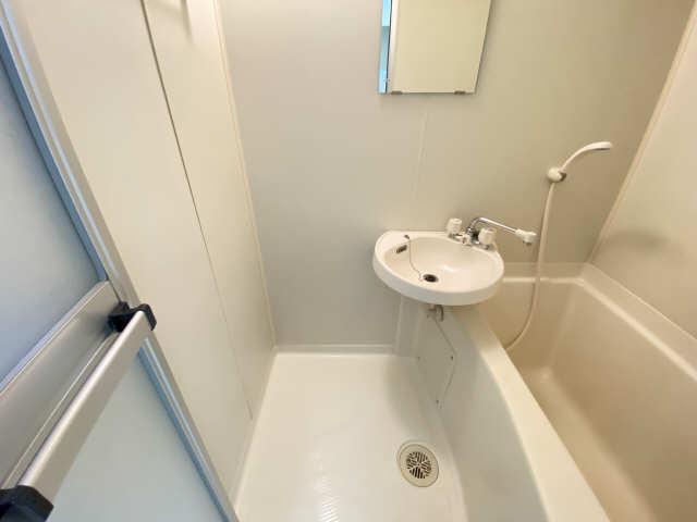 ランドビル本陣 8階 洗面