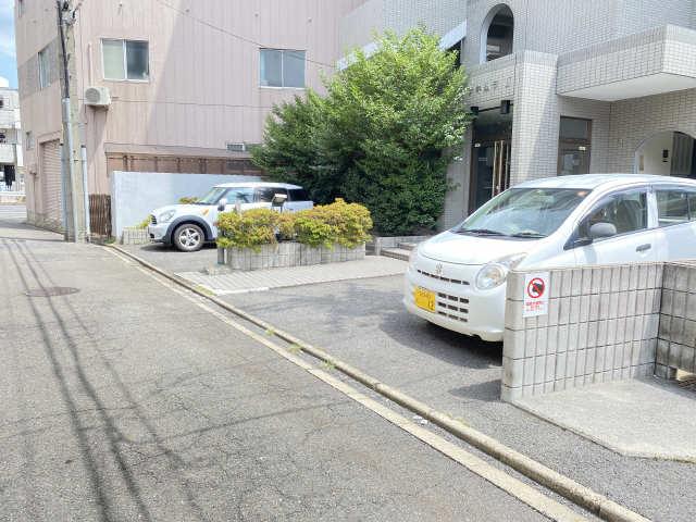 メゾンキムラⅡ 駐車場