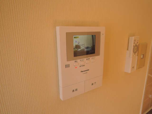 レピュート沖田 1階 モニター付インターホン