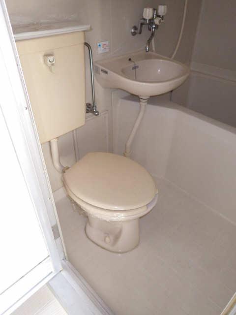 アローフィールドビル 3階 WC