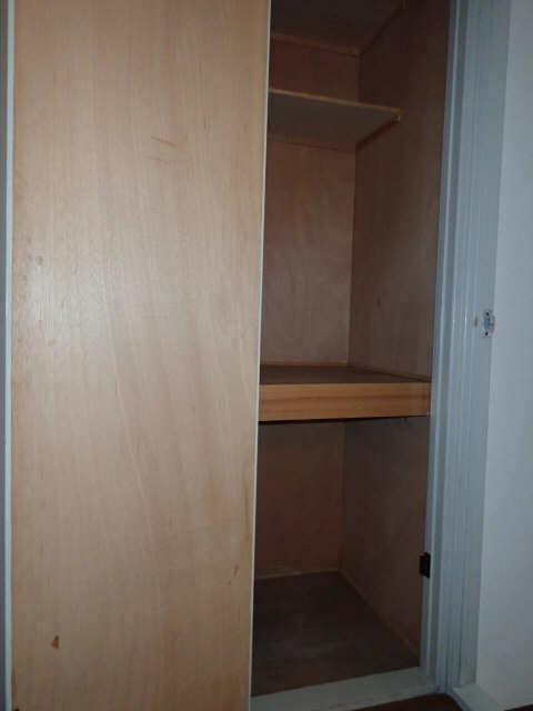 コーキマンション大治 3階 廊下収納