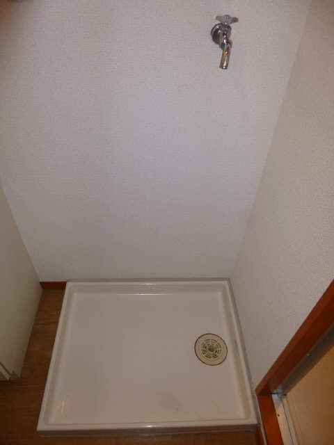 リアライズ甚目寺 8階 洗濯機置場