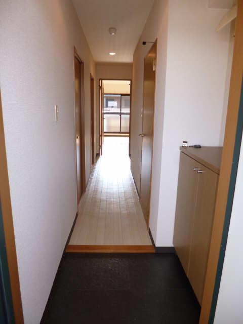 リアライズ甚目寺 8階 玄関