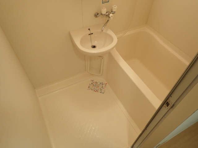カーサ アクティス 8階 浴室