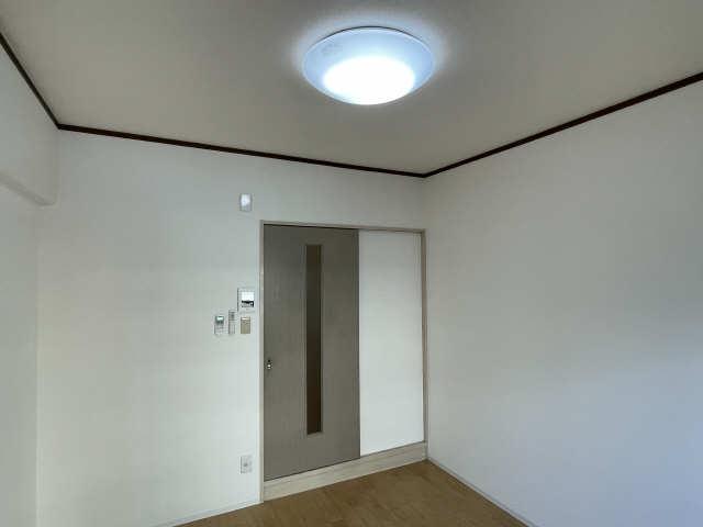 カーサ アクティス 4階 照明器具