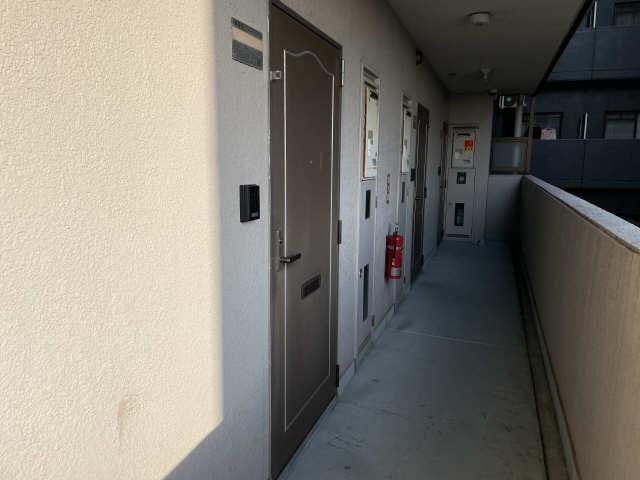 カーサ アクティス 4階 玄関ドア