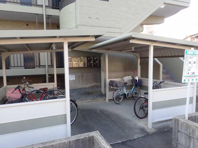 フェニックス林 3階 駐輪場