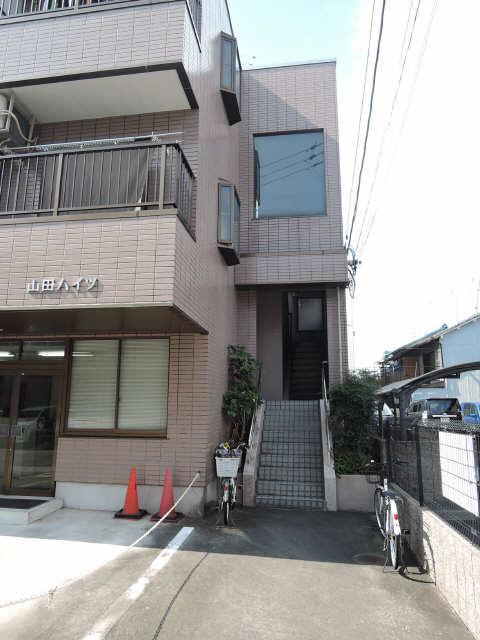 山田ハイツ エントランス