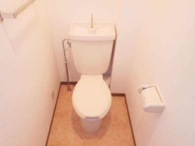 リヴィエール日比津 4階 WC