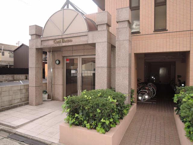 セント・ボウノ 6階 エントランス