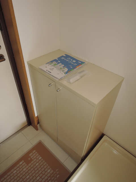サンライズヤスクニ 3階 シューズBOX