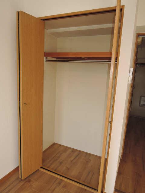 サンライズヤスクニ 3階 収納