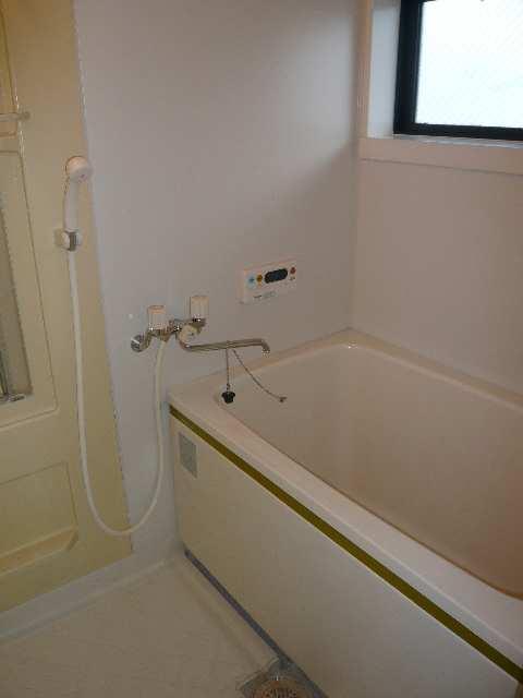 ロイヤルKⅡ 2階 浴室