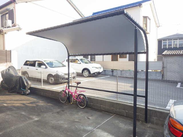 ベルデュール稲上 2階 駐輪場