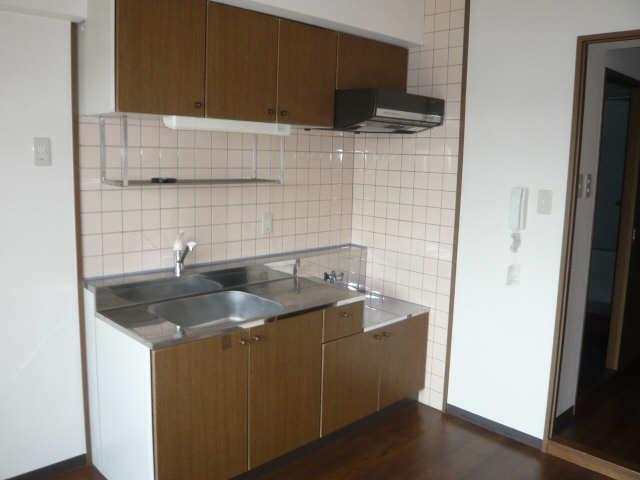 ル・クオーレ 4階 キッチン